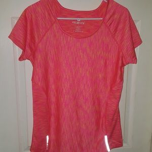 Tops - velocity active wear top shirt size XL